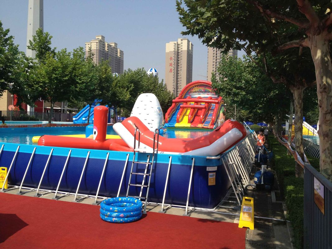 Commercial Metal Frame Pool Red Water Slide Pool Dengan Mainan Mengambang