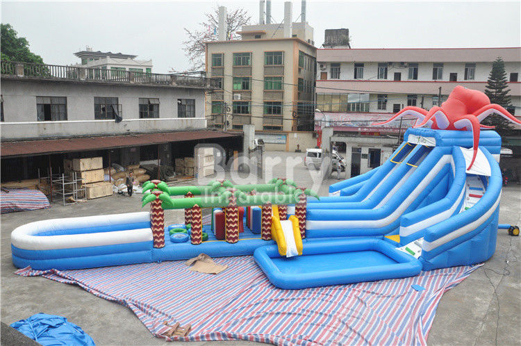 Octopus / Jungle Inflatable Hurricane Backyard Water Slide Dengan Rintangan