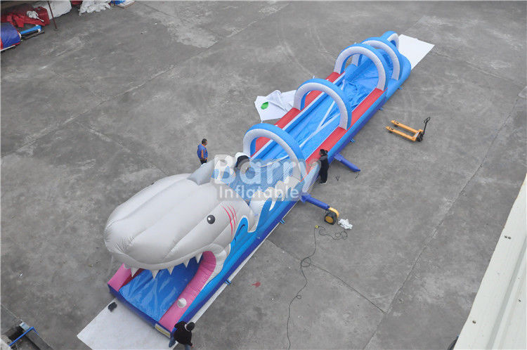 0,55mm PVC Terpal Inflatable Water Slides Untuk Anak-Anak, Kustom Tajam Inflatable Slip n Slide