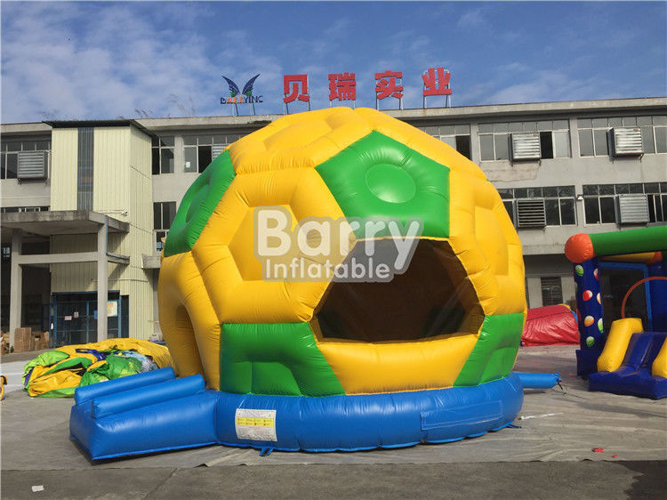 Cina Komersial Inflatable Football Bouncer, PVC Tarpaulin Soccer Meledakkan Rumah Bouncing pabrik